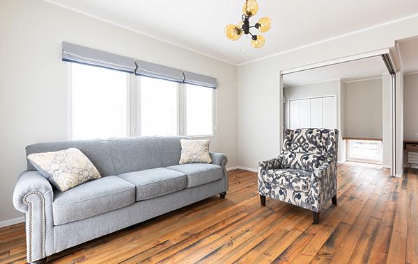 北米アシュレイ社から取り寄せたソファーが良く似合うリビング